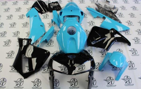 tiffany blue and gloss black